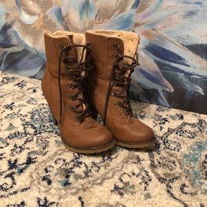 Faux Sherpa, lace up high heeled boots. Size 8.5